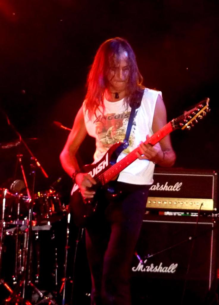 Luck Az anguish force ufo3 - LUCK AZ - guitar - band