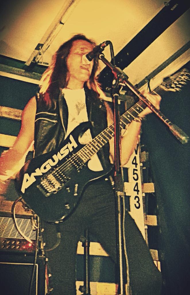 Luck az anguish force blumau - LUCK AZ - guitar - band