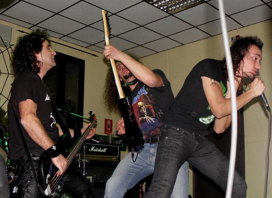 anguish force midnight pub vercelli 2011 20111129 1000317013 - Midnight Live - Vercelli - live-