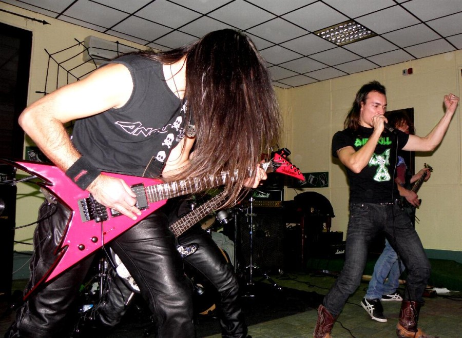 anguish force midnight pub vercelli 2011 20111129 1569824268 - Midnight Live - Vercelli - live-