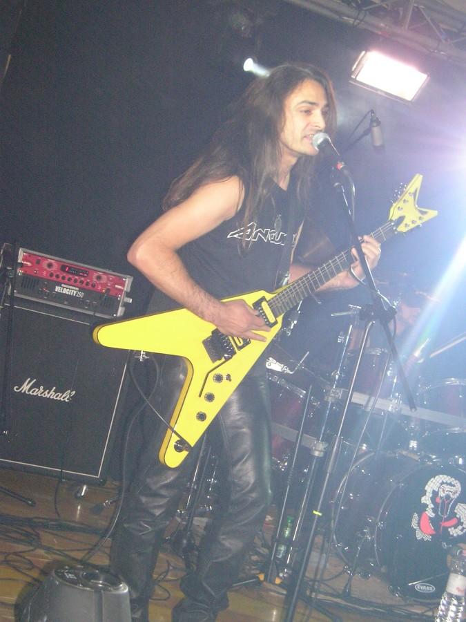 lgd 20110321 1290090871 - LGD - guitar - -