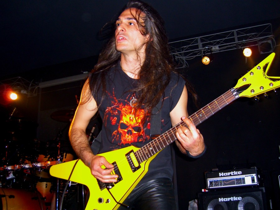 live 20110307 1192022329 - LGD - guitar - -