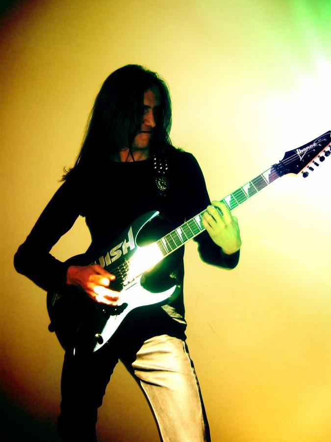 luck az 20140702 1716193183 - LUCK AZ - guitar - band