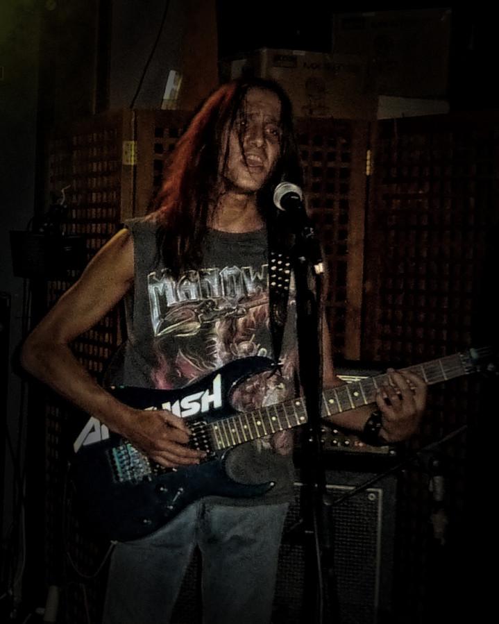 luck az 20141008 1256556984 - LUCK AZ - guitar - band