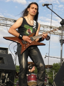 most rock 2 20110516 1158931144 960x300 - LGD - guitar - -