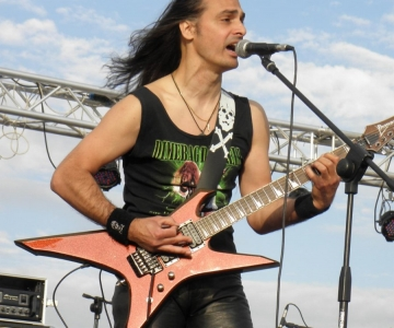 most rock 2 20110516 1536268857 960x300 - LGD - guitar - band-
