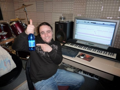 studio_20110315_1155918476