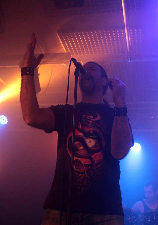 Kinnall Anguish Force Livestage 13 - KINNALL - vocals - band