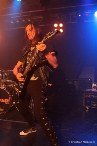 Anguish Force Livestage (26)